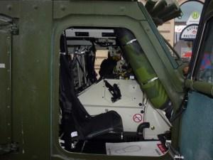 Abb. 6: ... bietet im vorderen Fahrzeugbereich ...