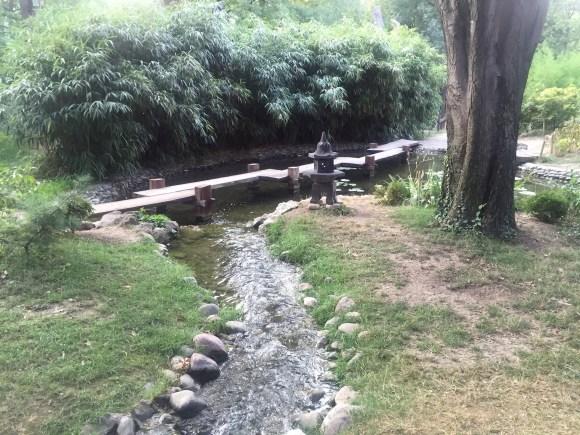 potok u zen vrtu