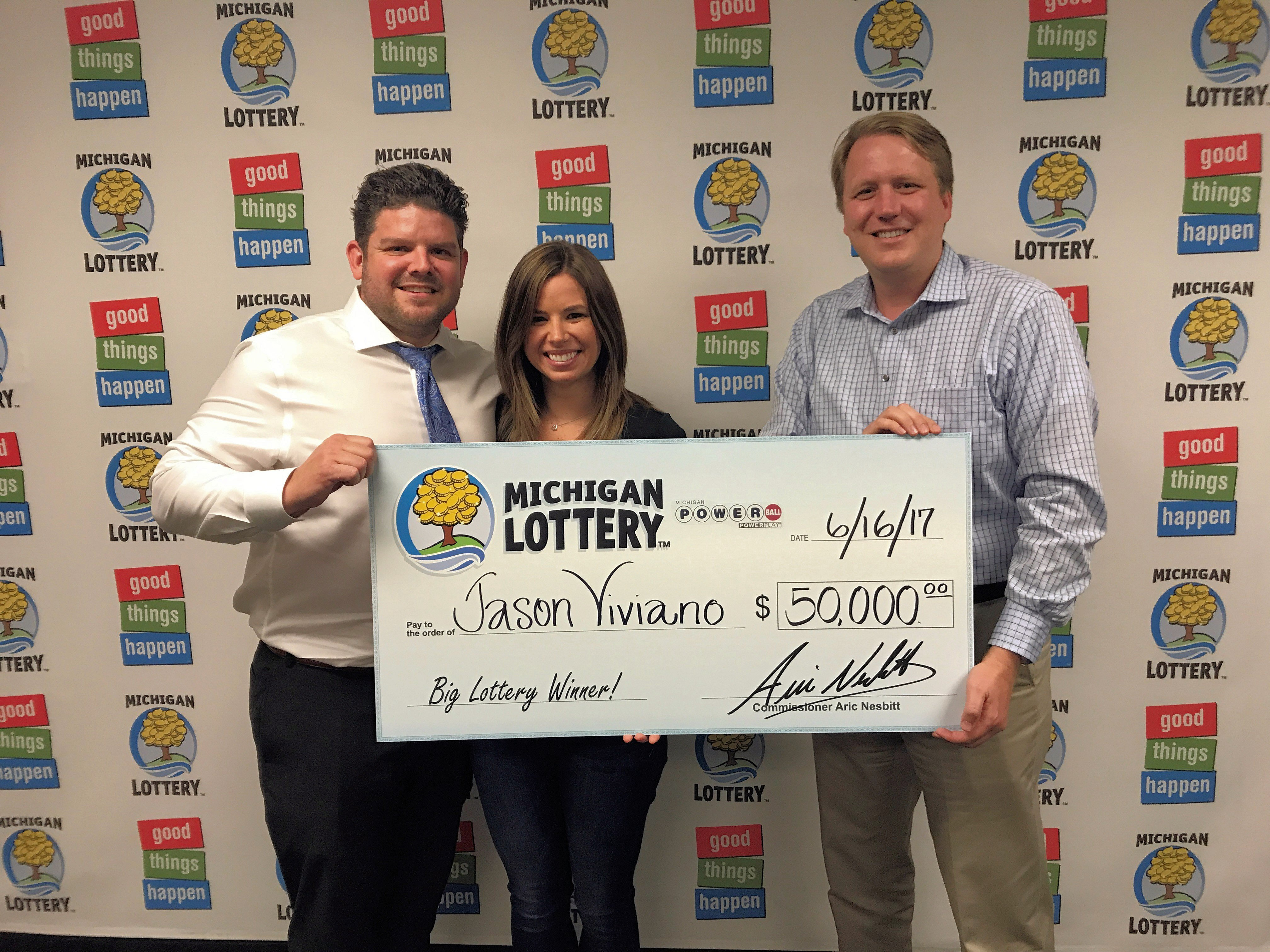 Macomb County Man Wins $50,000 Powerball Prize from the