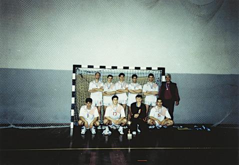 """Η ομάδα χειροσφαίρισης του ΕΠΛ Νέας Φιλαδέλφειας """"Μίλτος Κουντουράς"""""""