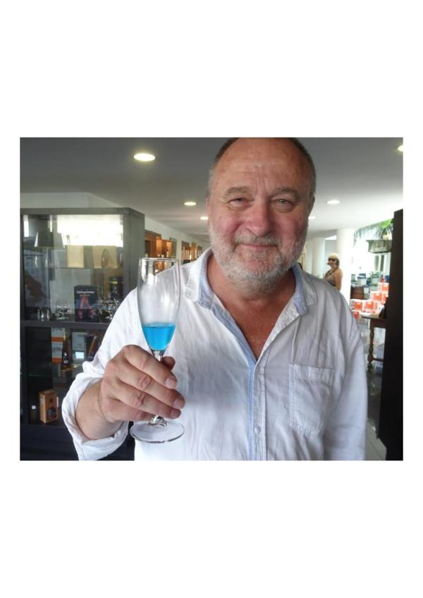blue wine milvinhos