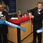 Everest College Milwaukee commemorates its opening with ribbon cutting