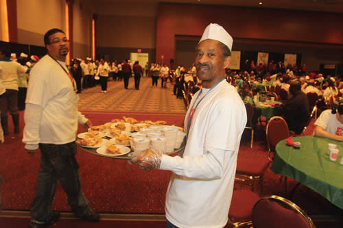 The-Salvation-Army-Family-Feast-fed-hundreds-of-families-and-children-on-Christmas-Day-2