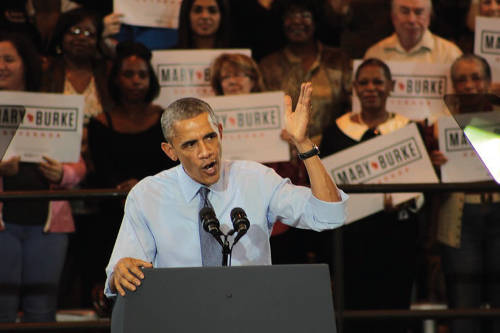 mary-burke-president-barack-obama-wisconsin-governor-campaign-rally-north-division-high-school-3