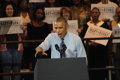 mary-burke-president-barack-obama-wisconsin-governor-campaign-rally-north-division-high-school-4