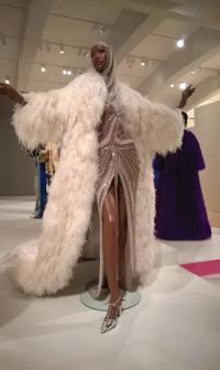 milwaukee-public-art-museum-50-years-ebony-fashion-fair-1