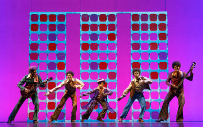 Julius Thomas III as Berry Gordy (center right) & Cast - Motown the Musical First National Tour (C) Joan Marcus, 2015