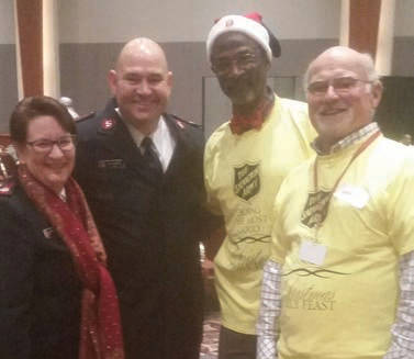 salvation-army-christmas-family-feast-8