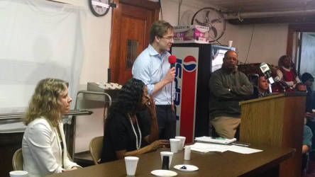 Milwaukee County Executive Chris Abele addresses crowd at Community Brainstorming. (photo by Mrinal Gokhale.)