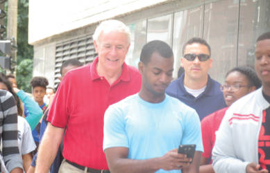 Mayor Barrett walking with SYIP interns as part of his 100 Miles in 100 Days Challenge. (Photo by Karen Stokes)