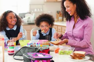 eatling-healthier-lunch-mom-children