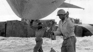 main-bataillon-ballon