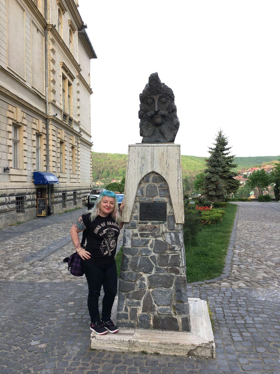 Estatua Vlad Tepes Sighisoara