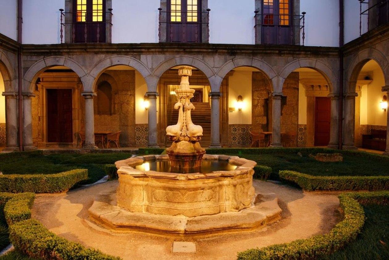 Mosteiro de Guimaraes - Hotel Santa Marinha