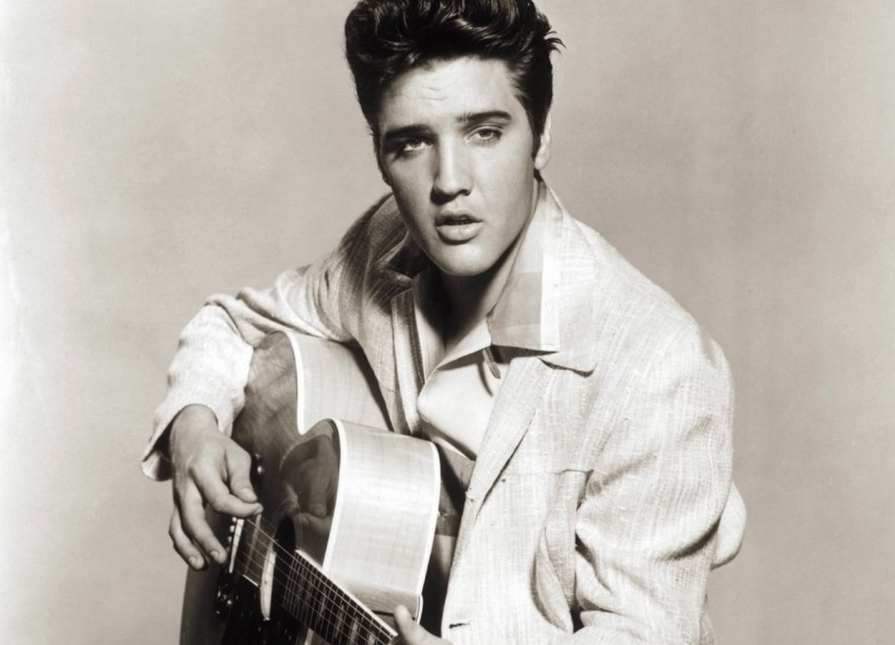elvis22_Easy-Resize.com