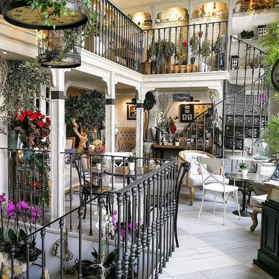 Salon des Fleurs cafeteria Madrid