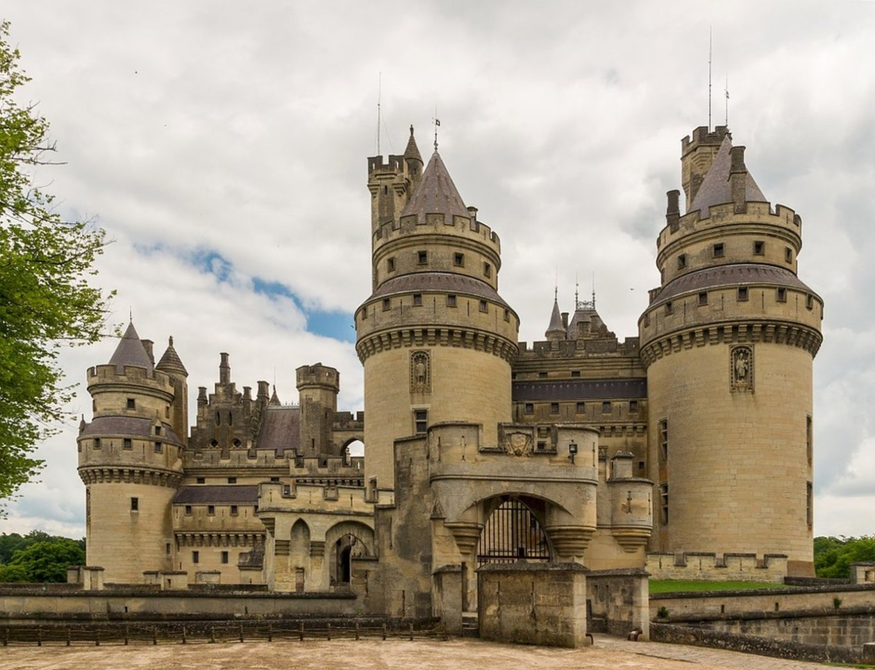Pierrefonds Francia Castillo
