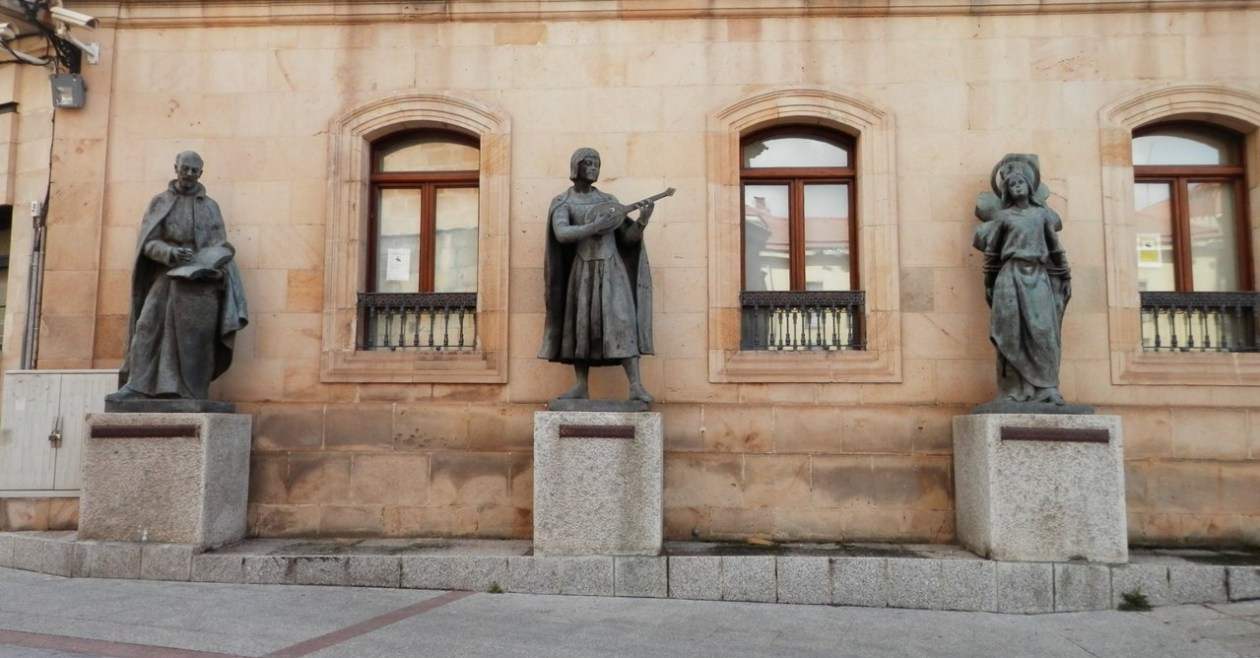 Estatuas Soria