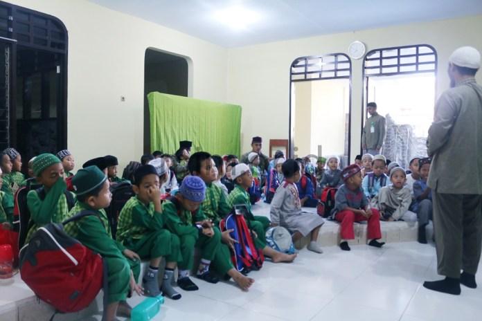 Penyambutan Santri Baru Kuttab Imam Malik Generasi 2 (8)