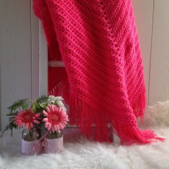 MM001 - Gehaakte omslag doek. Kleur: fel roze.