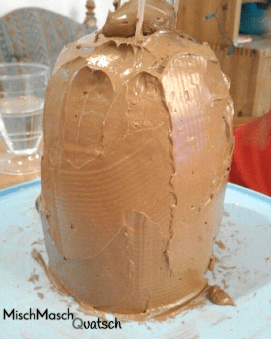 eingedeckte Torte