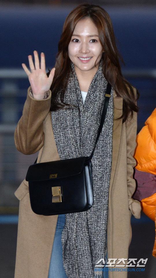 [포토] 박민영, 눈부신 미소로 인사~
