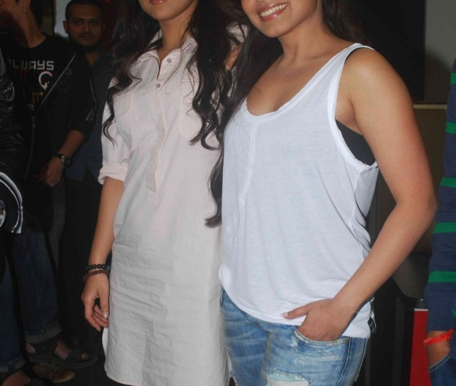 Rani And Vidya With Rj Anurag Pandey At Fever Fm Pictures