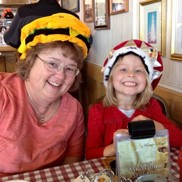 Annie's Cafe with Mimi Avocado