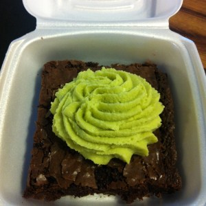 brownie with avocado creme
