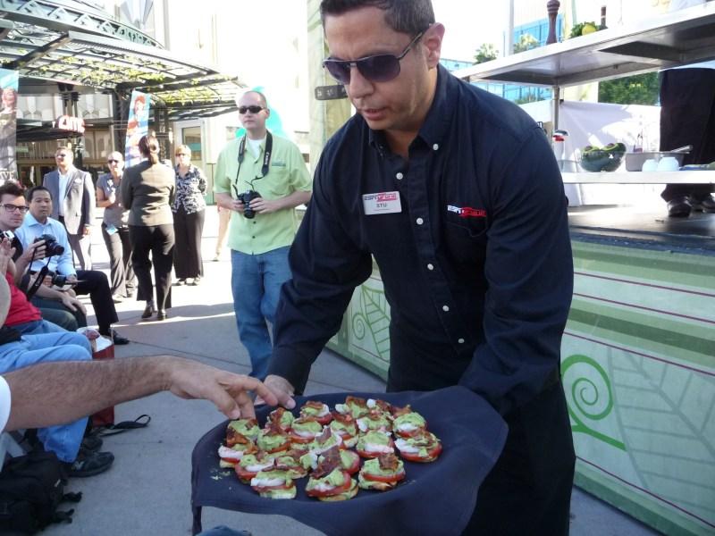 Free Samples at California Avocado Week