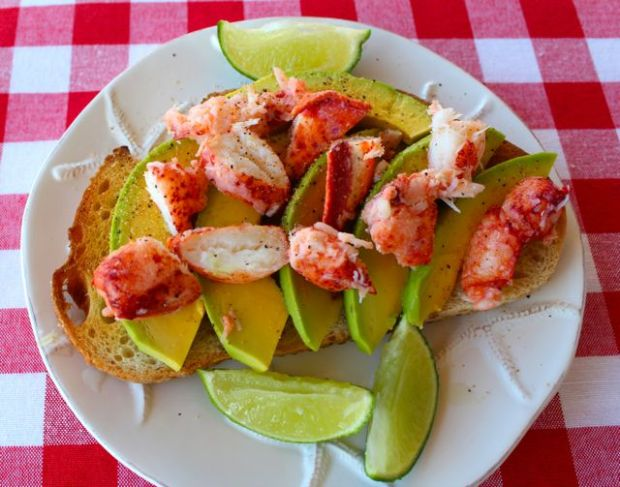 lobster-avocado-toast-medium