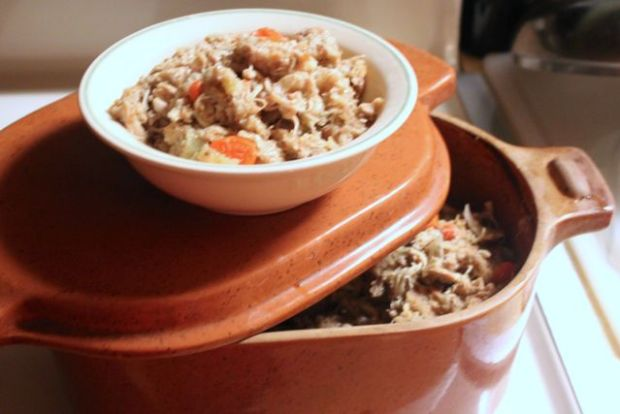 Cheaters' Thanksgiving Casserole in a clay cooker