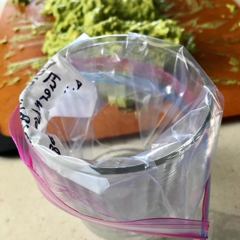 Freeze in a ziplock bag