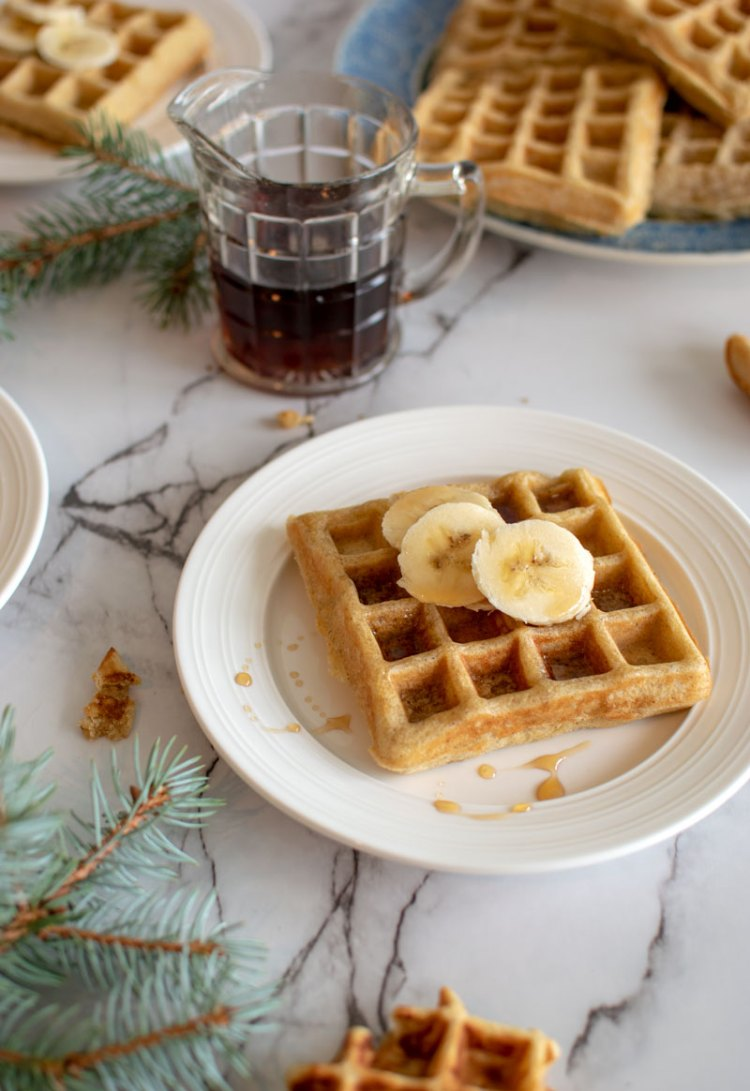 Easy healthy waffle recipe that is perfect for the holidays, easy waffles, waffle recipe, eggnog, eggnog waffles, organic waffles, homemade waffles #eggnog #organic #waffles #organicwaffles #hoildayseason #holidayrecipes #christmasrecipes