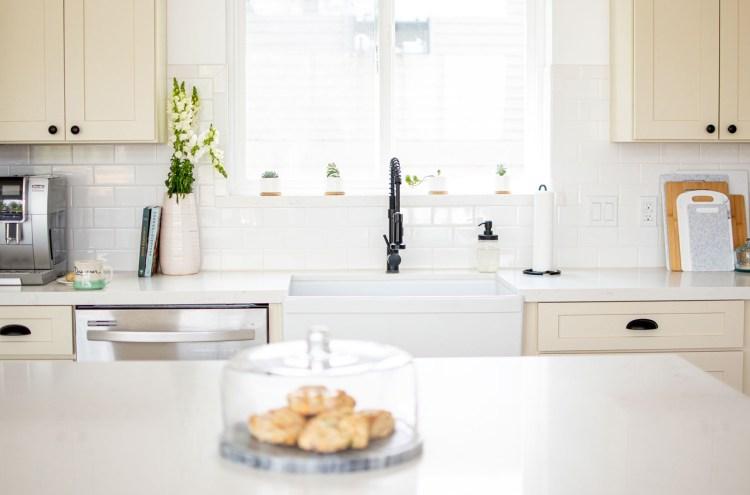 kitchen, modern farmhouse kitchen, white kitchen