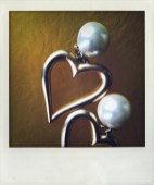 *Bijoux; Earrings/Love, vintagedeluxe signed costume jewelry | €25
