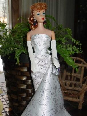 (image via mybarbieobsession.blogspot.nl/2013/12/titian-ponytail-barbie.html)