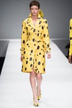 Fashion Fairy Tale F/W 2014: Snow White Officially Licensedshion show