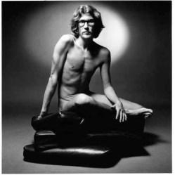 Yves-Saint-Laurent-Naked-1971