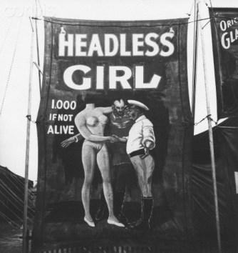 Headless Girls/Femmes sans Tête