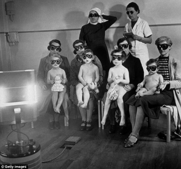 Post-World War II 'sunray therapy' was widely championed across the UK as an antidote for everything from throat infections to acne Read more: http://www.dailymail.co.uk/femail/article-2635599/For-years-doctors-prescribed-sore-throats-childhood-acne-How-sunray-therapy-ultra-violet-lamps-generation-risk-cancer.html#ixzz4fZ4nmJ00 Follow us: @MailOnline on Twitter | DailyMail on Facebook