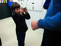 kid at vernissage