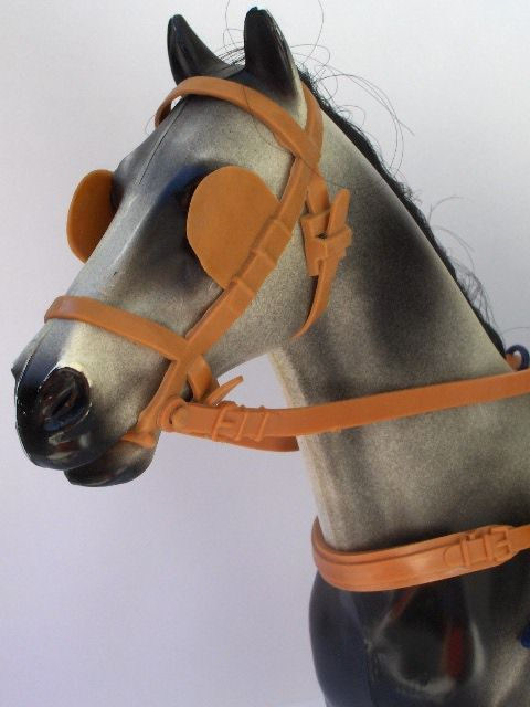 Horses blinkers headgear
