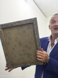 Willem Baars with a painting by Akio Igarashi