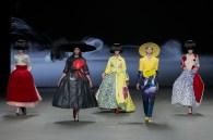 SARAH BRUYLAND fashion design