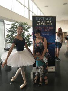 Foto con una de las bailarinas de IBStage