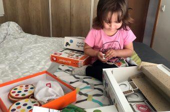 La chiquitina con algunos juegos de mesa