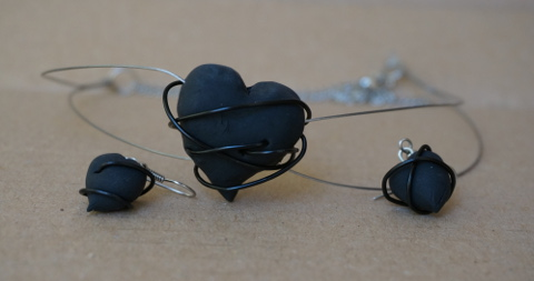 Heart Tired, double steel choker, black