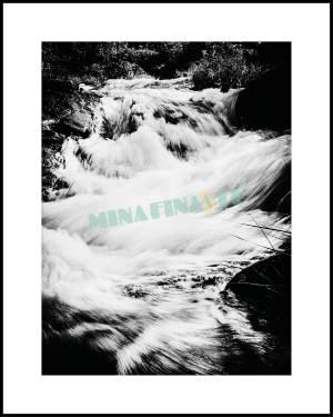 Strömmande vatten. Unik fotokonst ni inte hittar någon annanstans!