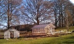 Det nästan färdiga växthuset